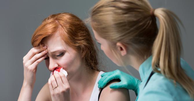 saignement nez maux de tete